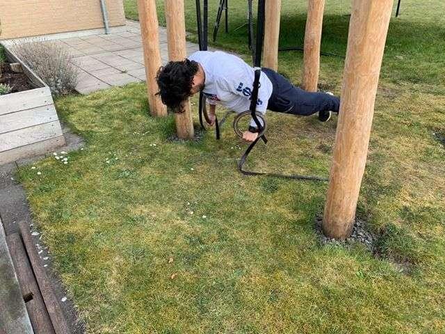 Træningsstativ i have